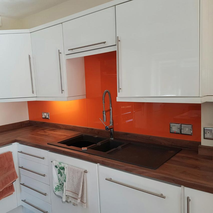 Coloured Splashbacks Buckinghamshire
