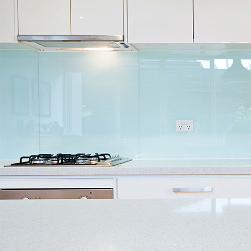 Glass bathroom splashback
